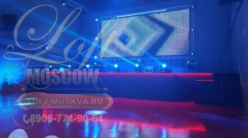 Снять большую площадку для проведения концерта в Москве