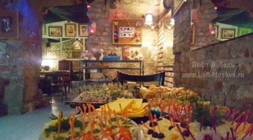 кафе с пробковым сбором в Москве