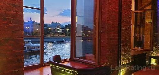 лофты с панорамным видом на Москва-реку и Храм Христа